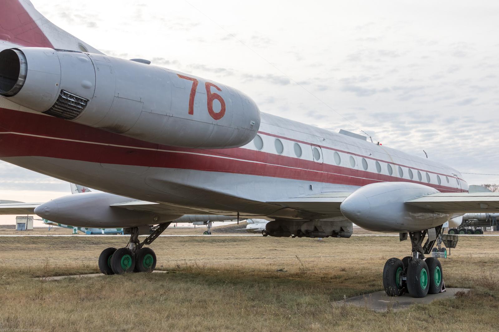 Музей Дальней авиации в Энгельсе: самолет для обучения штурманов Ту-134Ш-1.