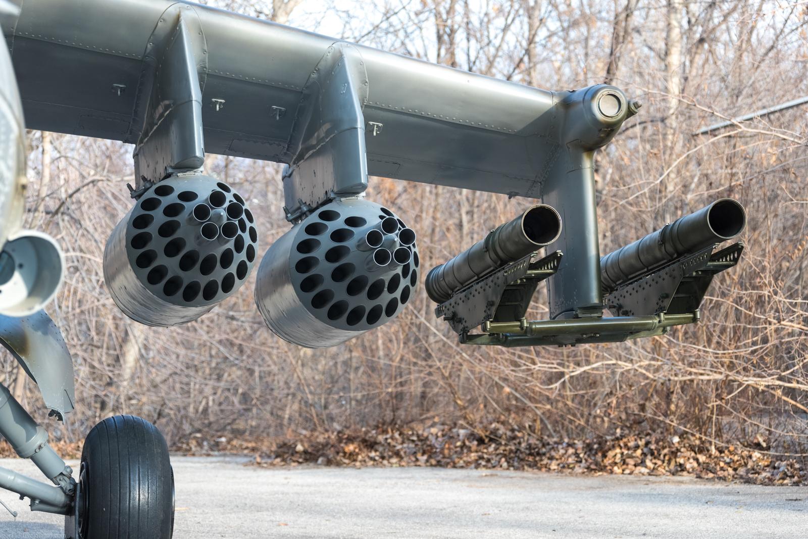 Парк Победы в Саратове: многоцелевой ударный вертолет Ми-24В.